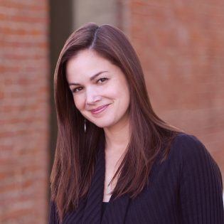 Amanda-OBrien-Headshot-Resized-for-Website2